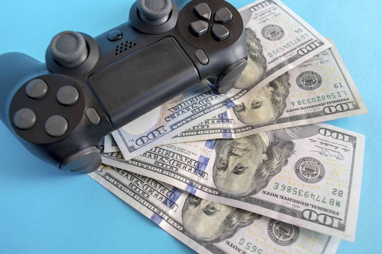 how to make money video gaming